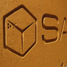 Кирпич с логотипом на праздник